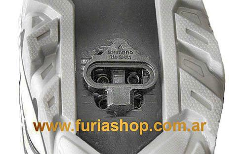 http://www.furiashop.com/fotos_productos/pedales_fijar_la_cala_shimano_pedal_mtb_2.jpg
