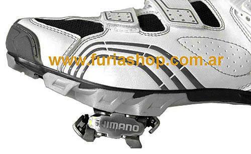 http://www.furiashop.com/fotos_productos/pedales_fijar_la_cala_shimano_pedal_mtb_5.jpg
